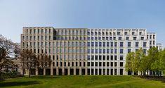House on Max Reinhardt Platz / Kleihues+Kleihues - Berlin, Germany