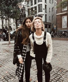 Cozy winter fashion 2017 outfits and style Looks Style, Looks Cool, My Style, Fall Winter Outfits, Autumn Winter Fashion, Winter Style, Hipster, Girl Inspiration, Fashion Inspiration