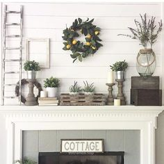 14 Glorious Rustic Mantel Decor Ideas You'll Fall Head Over Heels in Love With! Add a farmhouse-like appeal to your mantel or the fireplace oh so effortlessly, getting inspired by these rustic mantel decor ideas. Farmhouse Fireplace Mantels, Rustic Mantel, Rustic Fireplaces, Rustic Farmhouse, Rustic Decor, Farmhouse Style, Fireplace Ideas, Mantel Ideas, Farmhouse Design