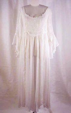 Romeo & Juliette BALCONY Nightgown  Romantic by DallasVintage