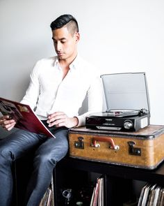 Having a little break from work and listening to some vinyl on my new Thomson Turntable with Built-in Speakers from @auspost . Finish the financial year with a little tech upgrade from @auspost  link in bio . What do you think of my vinyl choice? (check out my stories) #auspost #spon // Men's Fashion Style and Travel Blog - http://ift.tt/29K1GdU