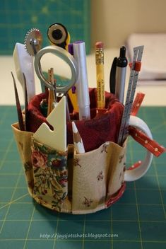 Turn a mug into a handy desk or tool organizer with this simple tutorial!