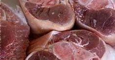 Jarret de porc. En salade tiède de pommes de terre aux échalotes. La recette par Chef Simon.