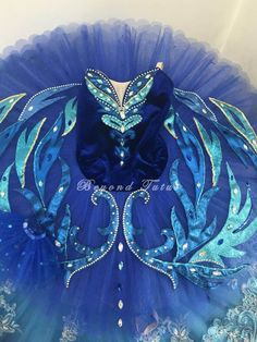 We provide made-to-order high quality professional classical ballet tutu at competitive price. Our tutus are featured in Vladimir Malakhov's Swan Lake & YAGP Tutu Costumes, Ballet Costumes, Costume Ideas, Ballet Poses, Ballet Dance, Baby Ballet, Ballerina, Blue Tutu, Figure Skating Dresses