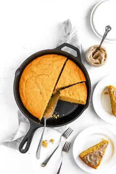Browned butter makes this brown butter pumpkin cornbread a delight during Fall and for your Thanksgiving table. This is the perfect Autumn bread. #cornbread #bread #pumpkin #brownbutter #fall Bread Rolls, Brown Butter, Thanksgiving Table, Bread Baking, Fall Recipes, Cornbread, Delish, Biscuits, Muffins