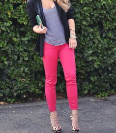 Hot pink skinny jeans outfit