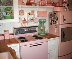 Original pinner said:  My Grandparents had appliances this color.  Thought they were weird when I was a kid, but how cool are they now!(I agree)