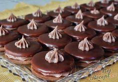 Išlské dortíčky s čoko krémem. Vánoce bez těchto koláčků nejsou Vánocemi. Autor: Petra