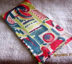 Vintage1960's Colorful Guest Towel by angelinabella on Etsy