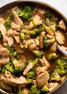 Overhead photo of Chicken Broccoli Stir Fry Asian Recipes, Ethnic Recipes, Chinese Recipes, Chinese Food, Healthy Recipes, Food Dishes, Main Dishes, Chicken Broccoli Stir Fry, Recipetin Eats