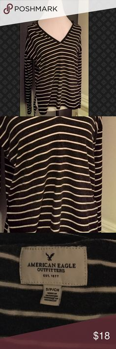 AEO Black & White Stripped Hoodie AEO Black & White Stripped Hoodie American Eagle Outfitters Tops Sweatshirts & Hoodies