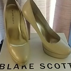 Blake Scott Platform Heels Bone colored Blake Scott platform heels Blake Scott Shoes Heels