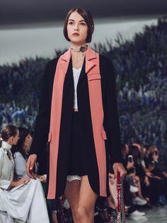christian dior s model: camille hurel Work Fashion, Fashion Photo, High Fashion, Fashion Design, Couture Fashion, Runway Fashion, Womens Fashion, Camille Hurel, Long Suit Jacket