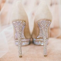 Sparkly heels for the bride!