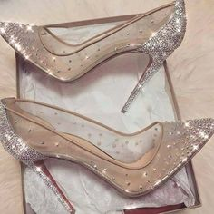wedding shoes pink Ideas for wedding shoes sandals heels brides sparkle Fancy Shoes, Me Too Shoes, High Shoes, Flat Shoes, Prom Heels, Wedding High Heels, High Heels For Prom, Formal Heels, Cute Heels