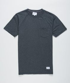 Overdyed T-shirt with Norse front label and chest pocket. Dark Shadow, size S 400 kr