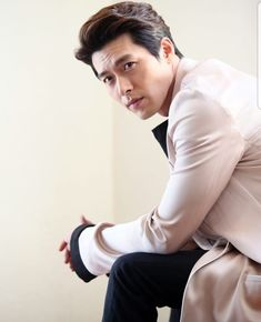 Song Hye Kyo, Song Joong, Hyun Bin, Park Hae Jin, Park Seo Joon, Lee Dong Wook, Lee Jong Suk, Lee Joon, Asian Actors