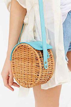 so cute for spring: round basket bag