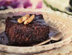 Αργυρώ Μπαρμπαρίγου: Η συνταγή της για καρυδόπιτα με σιρόπι σοκολάτας είναι πειρασμός! Τα δικά της μυστικά... - ΓΛΥΚΕΣ - Youweekly Sweet Recipes, Desserts, Food, Tailgate Desserts, Deserts, Essen, Postres, Meals, Dessert