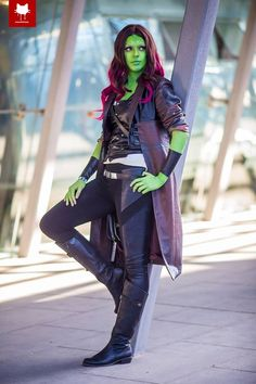 Gamora from Guardians of the Galaxy vol 2 Cosplayer: Sandfox Cosplay Photographer: Steamkittens