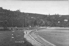 Titirangi Beach 1934. Sir George Grey Special Collections, Auckland Libraries, 4-7676 Nz History, Auckland, Libraries, New Zealand, Creativity, Country Roads, Collections, Grey