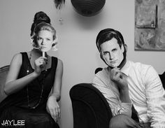 Mad Men Party(this one includes a link back to AMCs party planning guide)