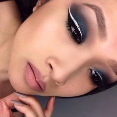 Black Shadow with White Liquid Liner