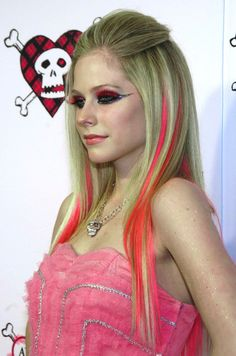 Avril Lavigne The Best Damn Thing, Under My Skin, Amy Lee, Avril Lavigne, Cool Outfits, Dreadlocks, Lady, Celebrities, Princesses