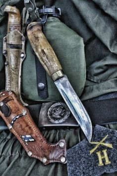 Cool Knives, Knives And Swords, Bushcraft Gear, Combat Knives, Weapons Guns, Shtf, Knife Making, Blacksmithing, Blade