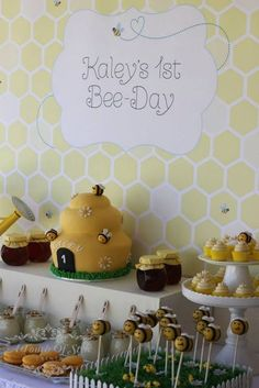 Bee-Day A Bee themed First Birthday by Touch of Style Events 1st Birthday Themes, Girl First Birthday, First Birthday Parties, Birthday Ideas, Happy Birthday Honey, Bumble Bee Birthday, Bee Party, 1st Birthdays, Party Time