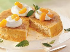 Mandarin Orange Cake This refreshing orange cake is perfectly sized to avoid leftovers. Walnut Whip, White Cake Mixes, Amazing Cakes, Cravings, Cake Recipes, Sweet Tooth, Baking, Breakfast, Ethnic Recipes