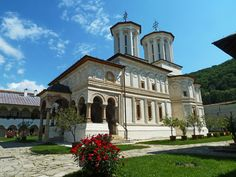 Monastery of Horezu, Romania Sites Touristiques, Clermont Ferrand, Gothic Furniture, Les Religions, Le Havre, World Heritage Sites, Places To See, Trip Advisor, To Go