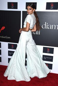 Rihanna Is a Shimmering Golden Goddess at the 2015 Diamond Ball  - ELLE.com