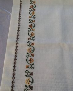 This Pin was discovered by Hur Cross Stitch Borders, Cross Stitch Designs, Cross Stitch Patterns, Ribbon Embroidery, Cross Stitch Embroidery, Machine Embroidery Designs, Embroidery Patterns, Creative Embroidery, Bargello
