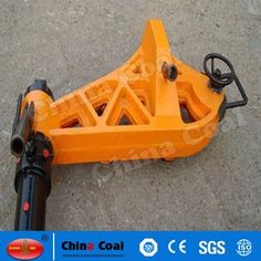 chinacoal03 Hand-operated Hydraulic 75KG/M Rails Straightener YZ - 750 Ⅱ type hydraulic straight rail apparatus suitable for tracks the road 43 kg/ m ~ 75 kg / m various rail type transverse alignment (or bending) manual hydraulic special tool. The machine adopts special steel welding and become, reliable performance.