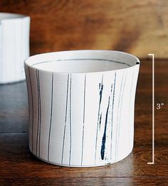 Line-porcelain-whiskey-cup