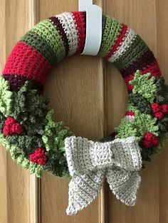 Ravelry: Christmas Holly pattern by Tiny and Toad Crochet Christmas Wreath, Crochet Wreath, Christmas Crochet Patterns, Holiday Crochet, Xmas Wreaths, Christmas Knitting, Crochet Flowers, Christmas Pillow, Wreath Crafts