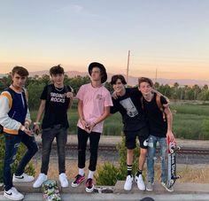 Hot Emo Boys, Cute Teenage Boys, Cute Emo, Cute Guys, Cute White Boys, Pretty Boys, Boy Squad, Foto Top, American Guy