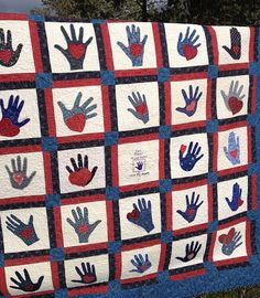hands and hearts quilt for Lori