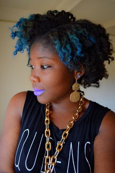 dee-vineanonyme: More of my blue natural self. - high-functioning misanthrope