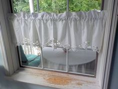 Lace Valances, Lace Curtain Panels, Lace Curtains, Window Curtains, Vintage Curtains, White Wicker, Window Hanging, French Decor, Table Covers