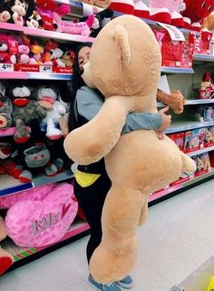Cuddly bear acquires nailed