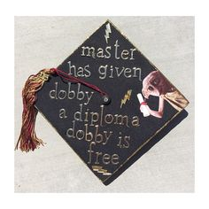 This cap thats just clever AF Community Post 12 Harry Potter Grad Caps Youll Be Jealous Of Funny Graduation Caps, Graduation Cap Toppers, Graduation Cap Designs, Graduation Cap Decoration, Graduation Diy, Funny Grad Cap Ideas, Graduation Invitations, College Graduation Quotes, Graduation Songs