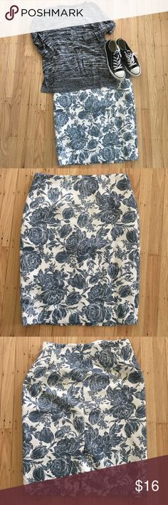 "Toile Midi Skirt Beautiful toile pattern, shabby chic spin on a classic midi office skirt. Dress up with Sutton down and heels or down with T and sneakers. < L: 24"" waist: 16"" hip: 19"" > <75% polyester 24% cotton 1% spandex> Ann Taylor Skirts Midi"