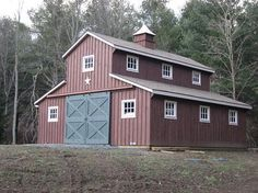 An example of a carriage barn kit that also looks good. Monitor Barns | Custom Barns | Design Your Own Barn