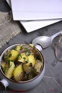 R'n'G Kitchen: Sałatka ziemniaczana z ogórkiem (do obiadu)