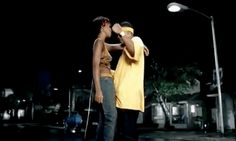 LMAOO!! | What you didn't notice from Kelly Rowland and Nelly's music video for Dilemma