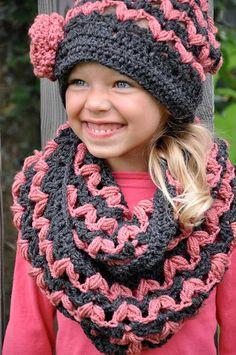 nicht schwer nachzumachen oder?    ----   Victoria infinity cowl crochet pattern - Allcrochetpatterns.net