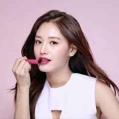 #김재경 #재경 #JaeKyung #레인보우 #Rainbow 170324 bobbibrown Instagram Update feat JaeKyung「 Inspiring looks from @bobbibrownkorea. Swipe through to see the beautiful @_kimjaekyung_ wearing… 」