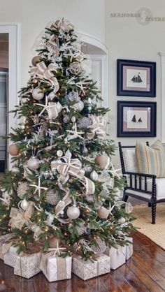 Beachy Christmas Tree Idea